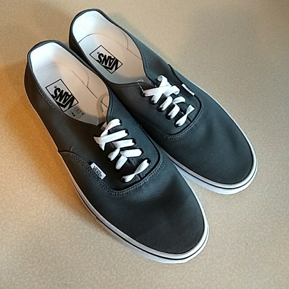 50ba0c189be5 Vans authentic pewter black NEW size 14 mens